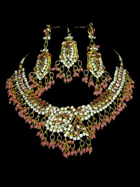 Nice Costume Necklace Set at very affordable price