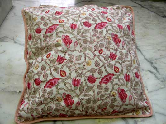Cushion Covers Exporter & Supplier