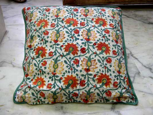 Cushion Covers Manufacturer & Exporter