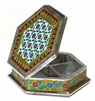 Indian Handicraft Dry Fruit Box Meenakari