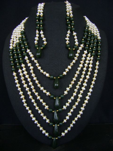 Lovely  Pearl Necklace Set at very affordable price