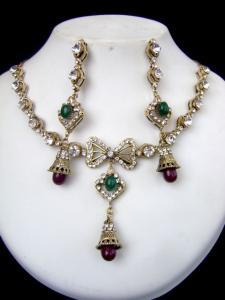 Exclusive Design Victorian Necklace Set at very affordable price