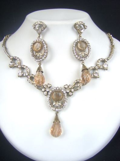 Carved Elegantly With Exquisite Workmanship Victorian Necklace Set at very affordable price